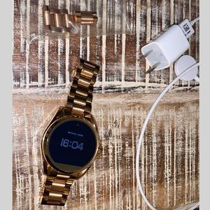 Michael Kors Access Bradshaw Wrist Watch